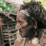 Tajemna_indonesie_etnika_kombai-15