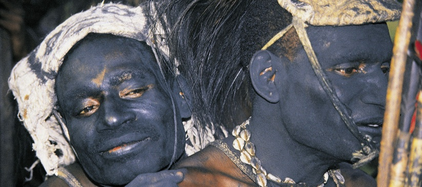NOVÁ GUINEA – BIAK – PADAIDO S PĚTIDENNÍM TREKEM